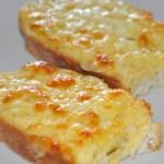 Kaşar Peynirli Ekmekler